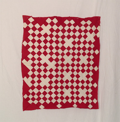 DQ121 Red & White Bassinette Quilt Top